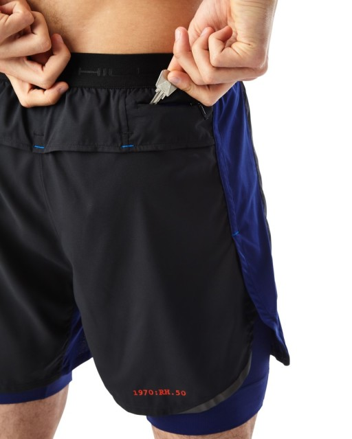 Ronhill Mens Stride Revive Twin Shorts_black_midnight_blue_securtiy_pocket_1001.jpg