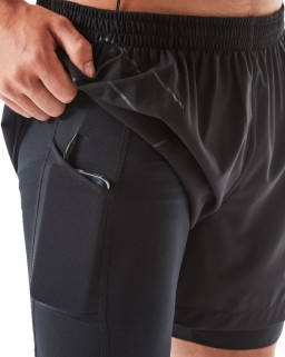 Ronhill Infinity Marathon Twin Short All_Black_Phone_pocket_detail_1002.jpg